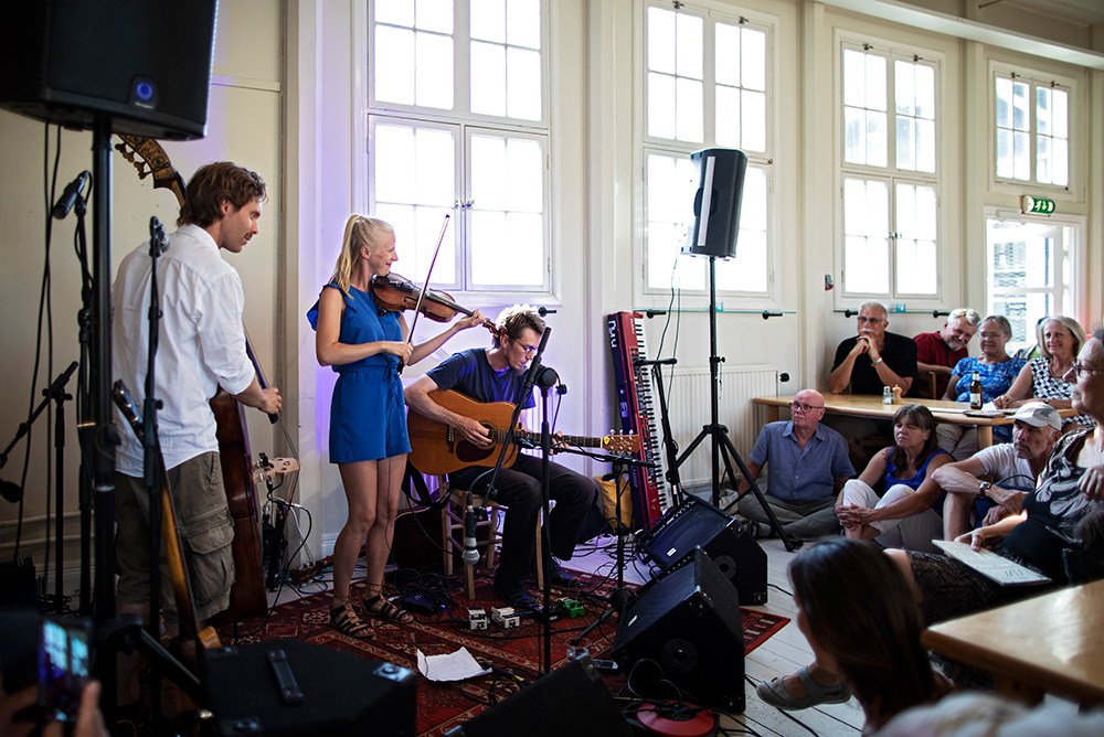 Lena Jonsson Trio i Blå Huset